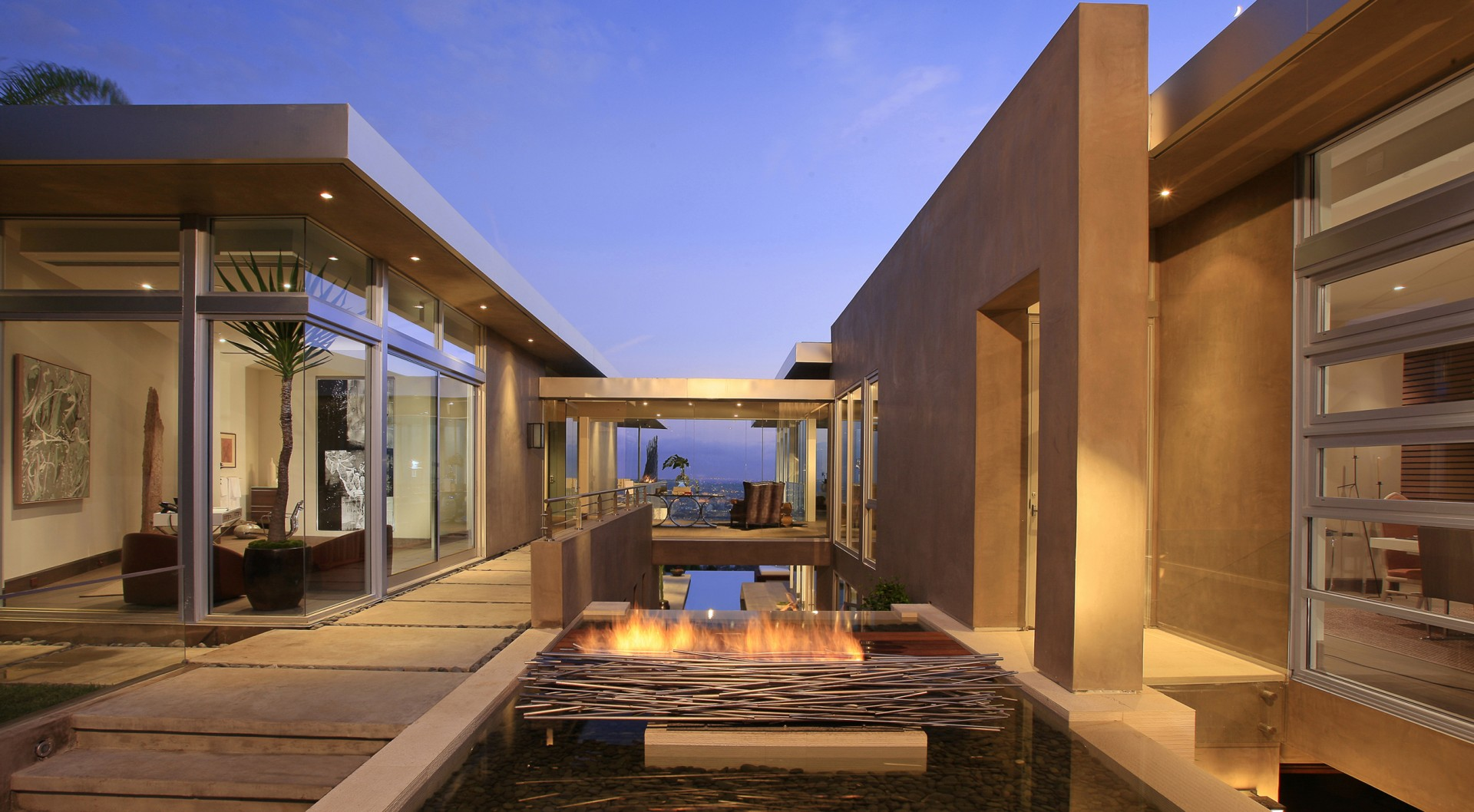 Los angeles architect house design mcclean design for Modern house design los angeles